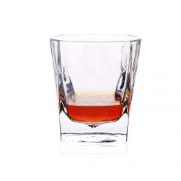 כוסות לאלכוהול
