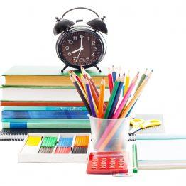 מחברות ומכשירי כתיבה